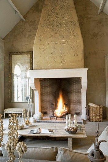 .☆☆. Enormous fireplace - Cote Sud