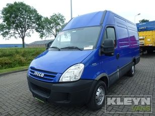 Van IVECO Closed Van DAILY 35 S10V12 AC #ivecodaily #delivery #kleynvans