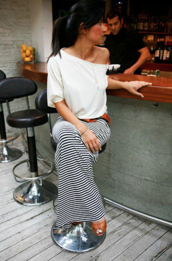 jupe maxi au rayée --- Comment porté les jupes longues ???   https://fr.pinterest.com/disavoie11/