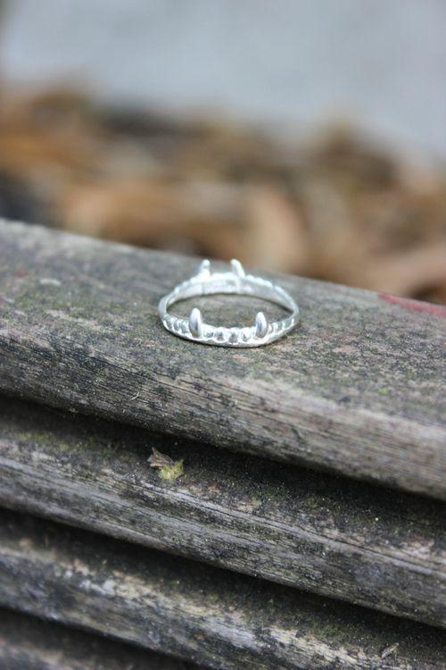 Vampire Crown Ring - Shop at www.aprilandthebear.com