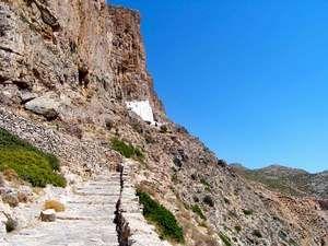 Footpath-to-Hozoviotissa-monastery.jpg