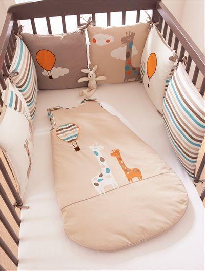 Protector de cuna bebé modulable colección bio JUNGLA BEIGE CLARO LISO CON MOTIVOS