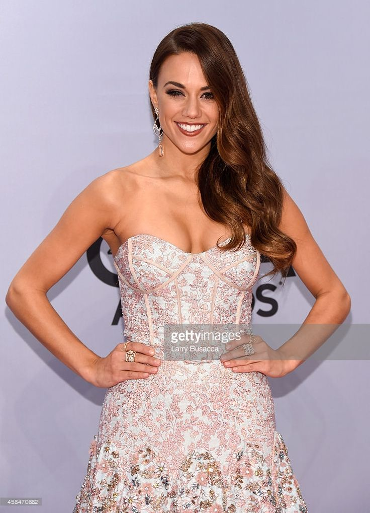Jana Kramer attends the 48th annual CMA Awards at the Bridgestone Arena on November 5, 2014 in Nashville, Tennessee.