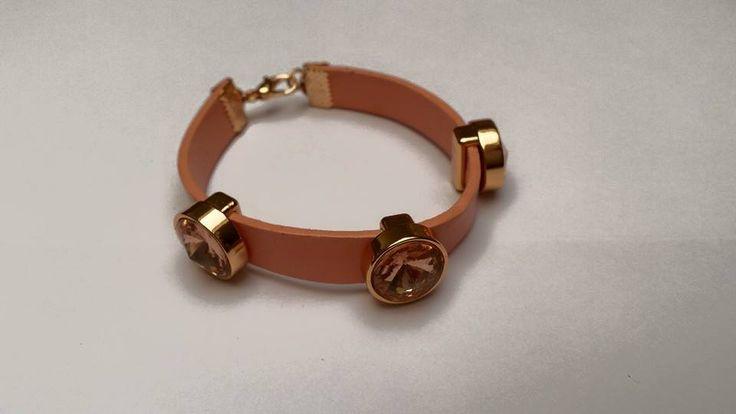 Roze lederen armband