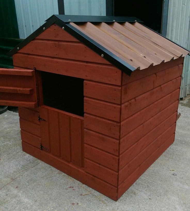 4 x 4 x 4 Dog Kennel,  pressure treated shiplap, stable doors, steel roof (woodgrain)  €260 @ www.stsheds.com