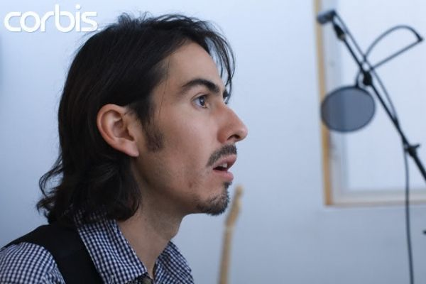 Dhani Harrison -- looks just like his father, George: Dhani Harrison, Search, Google Search, Book, Brubak Dhani, Honorary Beatles, Father