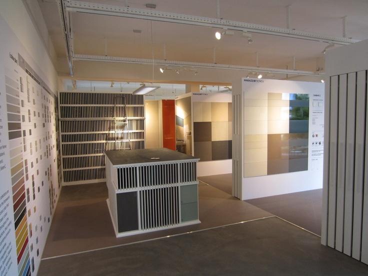 fotos showroom ihr partner f r architekten und gro handel f. Black Bedroom Furniture Sets. Home Design Ideas