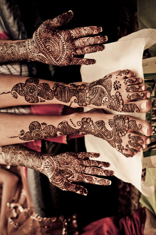Henna Tattoos... Hmm might convince @Meghan Mcleod to draw these for me? :)