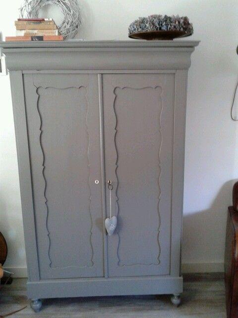 25 beste idee n over krijt verf dressoir op pinterest krijt verf meubels krijt schilderij - Oude meubilair dressoir ...