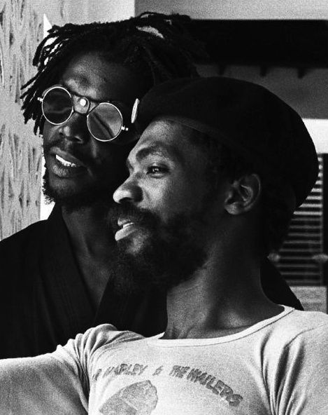 Peter Tosh and Donald Kinsey, 1976. Photo by Kim Gottlieb-Walker.