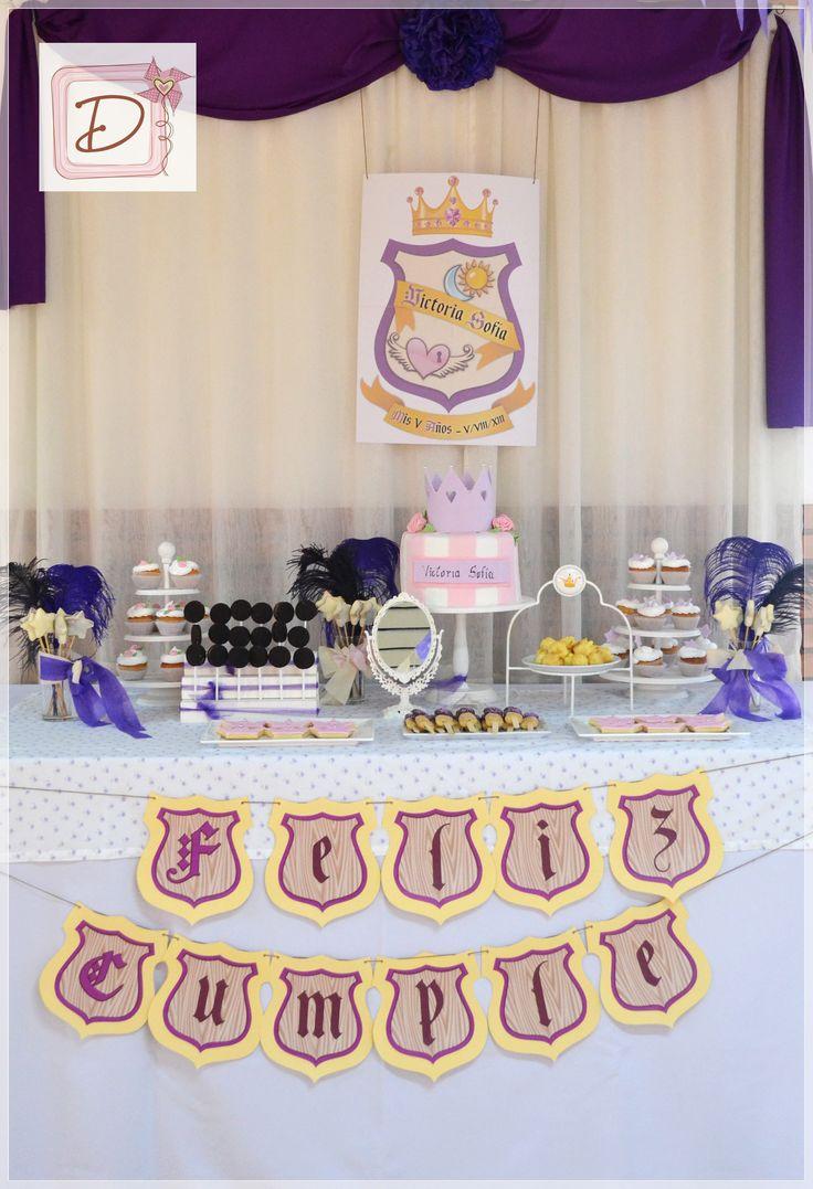 """un ambientación """"real"""" #fiesta #cumpleaños #festejo #decoración #ambientación #tematización  #golosinas #cocina #chocolates  #mesadulce"""