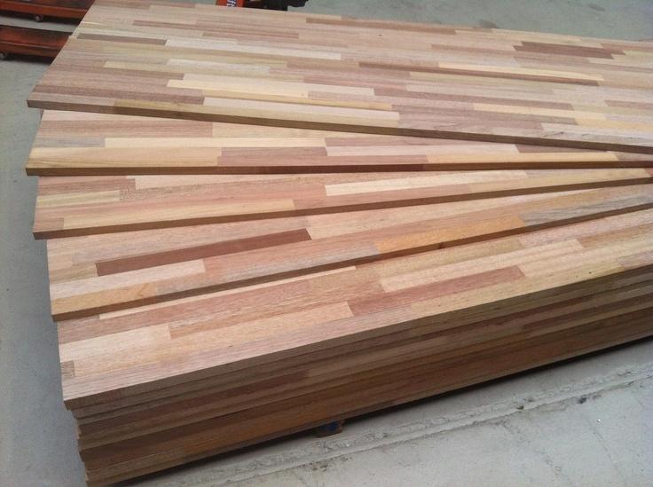 Massief mixedwood,multicolor houtenpanelen   www.desplinter.nl  www.houtenpanelen.nl  www.facebook.com/DeSplinterTerborg  www.facebook.com/Houtenpanelen