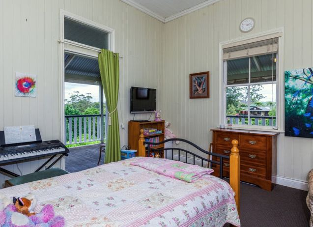How the old owners used the second bedroom