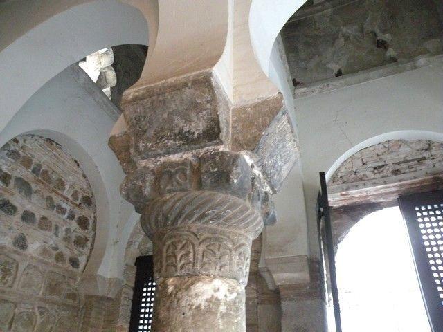 Mezquita del Cristo de la Luz. Estructura de soporte de la arquería central