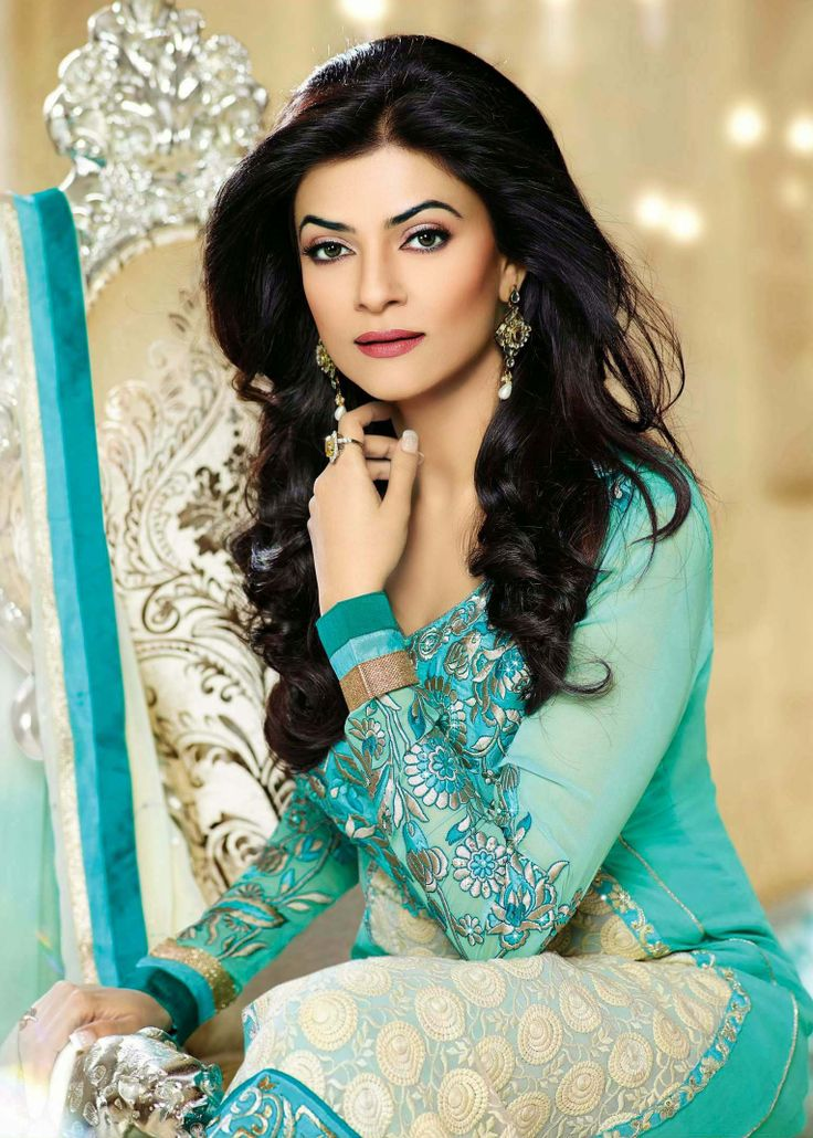 The Ice Mint Green with White combination Salwar Suit looking gorgeous on beauty queen Sushmita Sen.