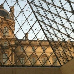 Visita ao Museu do Louvre, em Paris