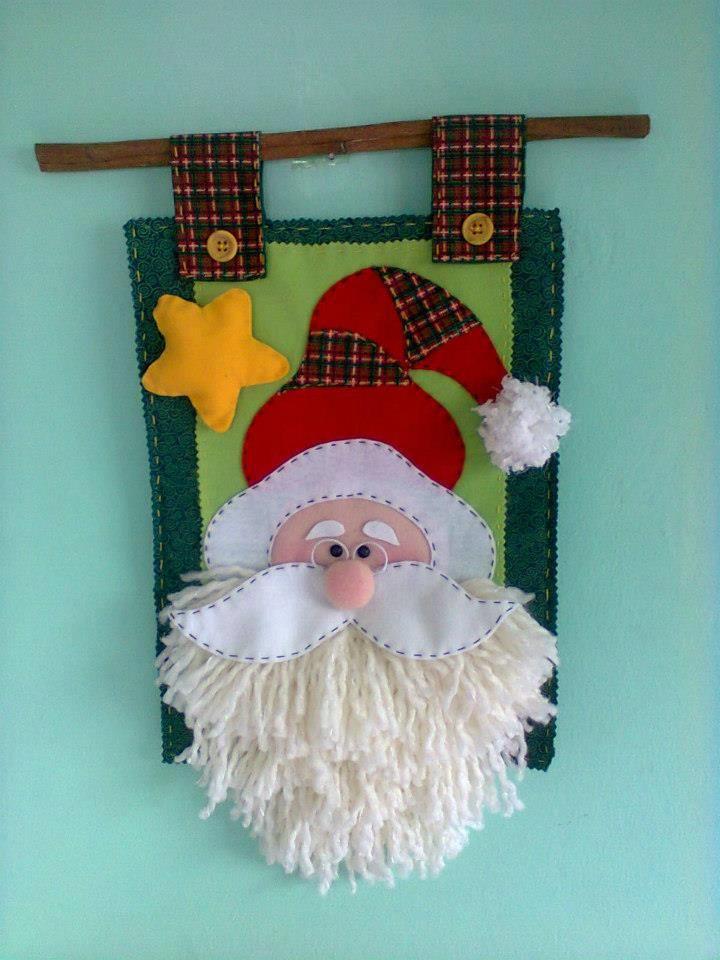 Santa con hermosa barba de lana
