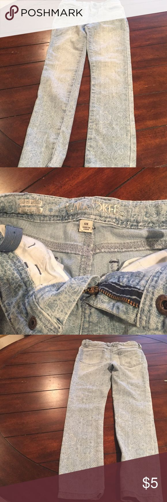 Cherokee Brand Used Girls Jeans Size 6x Cherokee Brand Used Girls Jeans Size 6x With adjustable straps with normal wear please see all photos thank you Cherokee Bottoms Jeans