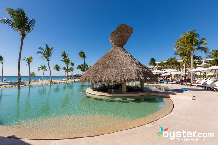Best Swim Up Bars At All Inclusive Resorts In Mexico Oyster Com Mexico Resorts Cancun Resorts Cancun Hotels