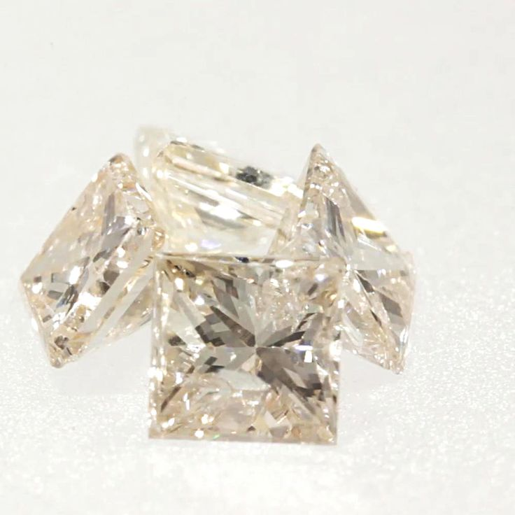 0.065 ct Champagne-C3 I1 Clarity 2.26x2.16x1.76 mm Princess Cut Natural Diamond