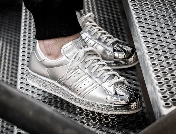 Adidas Superstar 80s argent métallique (2)