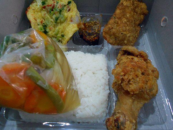 Nasi Sop Ayam Goreng Semarang - https://cateringsemarang.com/lunch/nasi-sop-ayam-goreng-semarang/