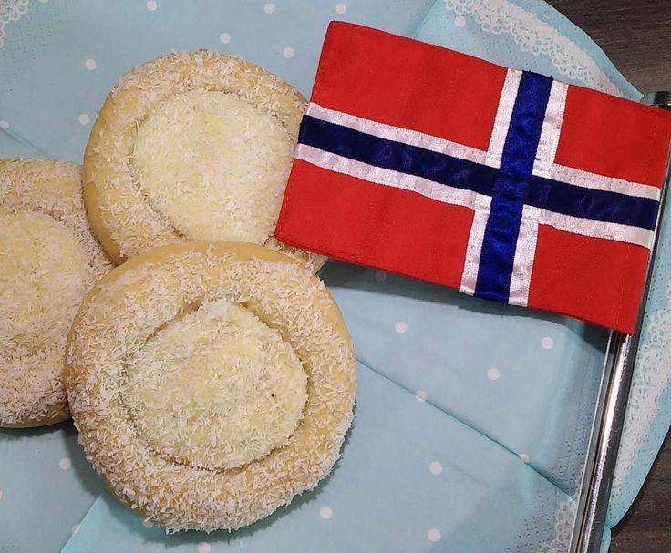 Rezept Norwegische Vanilleboller / Skoleboller von KristineMtfl - Rezept der Kategorie Backen süß