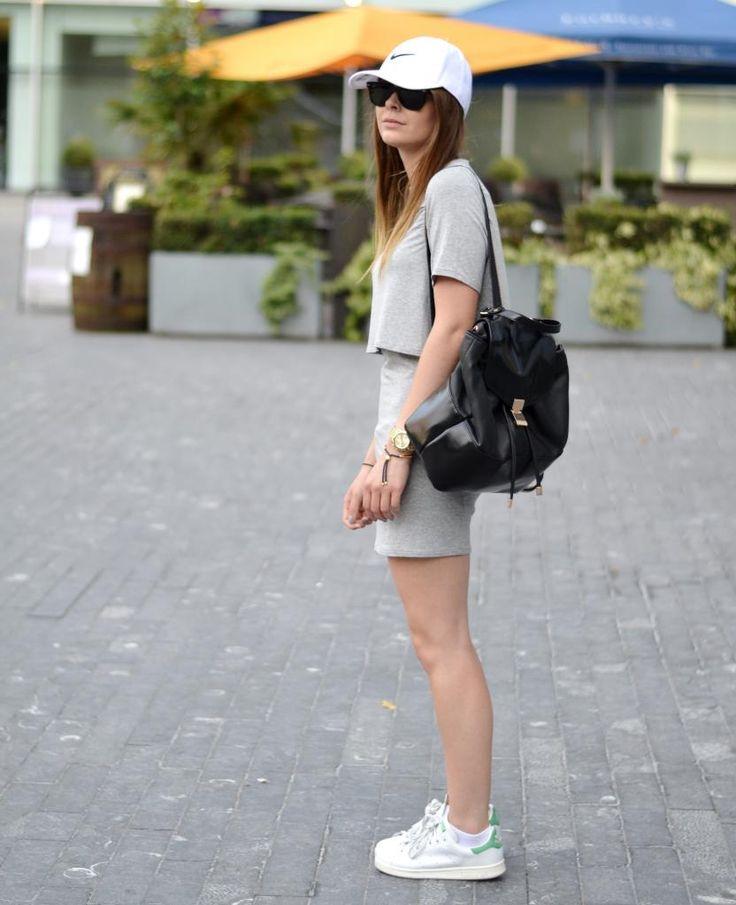 #itslilylocket #fblogger #streetstyle #nike #stansmith #minimalism #baseballcap #lucymason