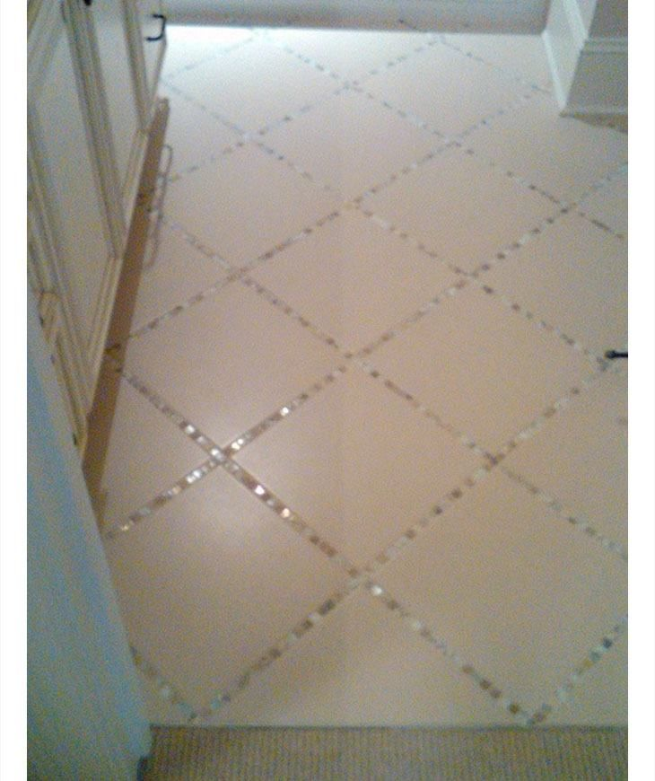 Glass Tiles Instead Of Grout In The Bathroom Tile Floor – DIY Home Decor Ideas on a Budget – Easy and Creative Decor Ideas – Click for Tutorial | CraftRiver