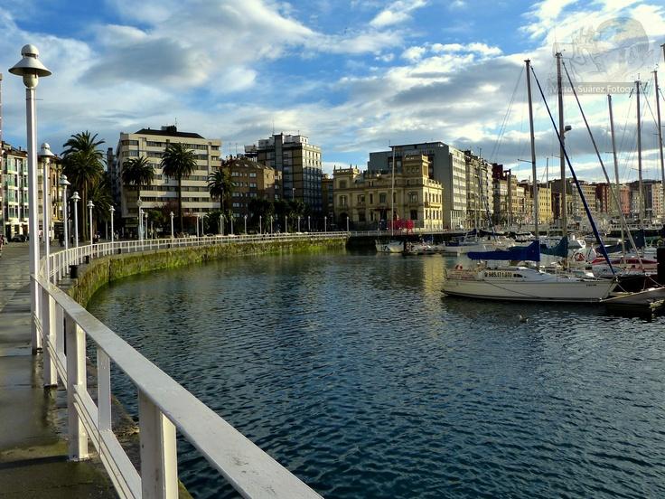 El puerto deportivo de gij n gijon turismo asturias - Puerto deportivo gijon ...
