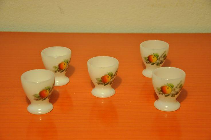 "Arcopal ""Fruits de France"" egg cups"