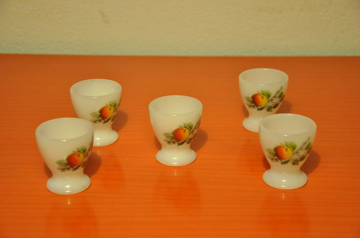 "Arcopal ""Fruits de France"" egg cups"