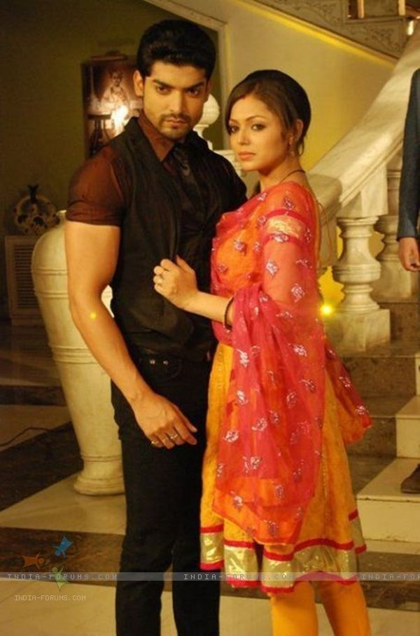 Drashti Dhami and Gurmeet Choudhary