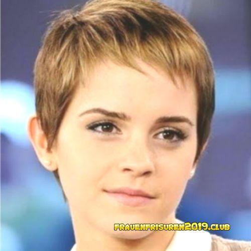 Stufig Frisuren Frauen 30 Kurze Frisuren Und Haarschnitte Mit