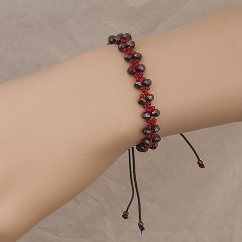 #Handmade Black Red #Beaded #Bracelet Anthos #Jewellery – Anthos Crafts