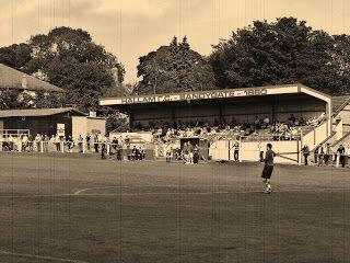 SANDYGATE ROAD, Hallam FC. El estadio mas antiguo del mundo, fundado en 1860.