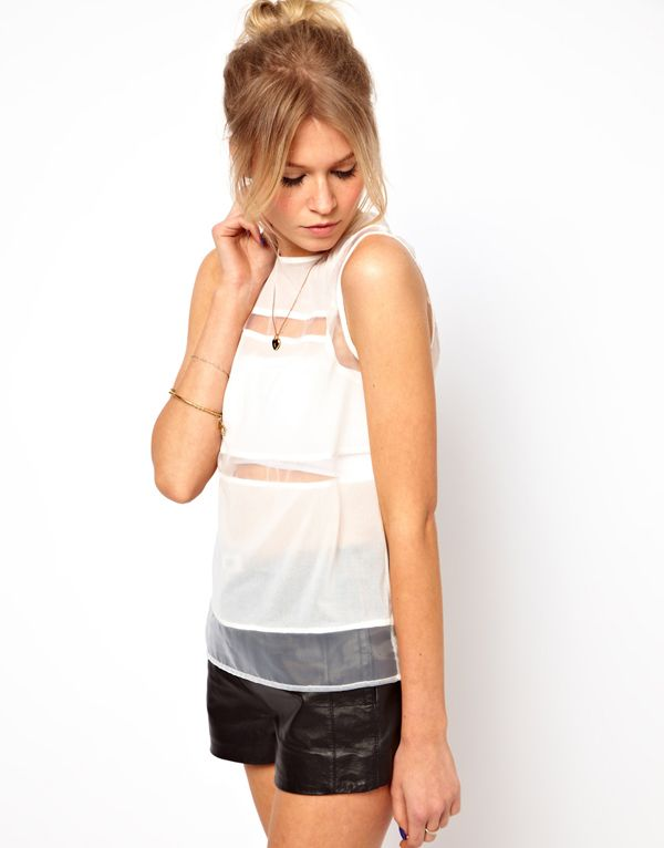 2014 New Fashion Women Clothing Sleeveless Chiffon Organza Patchwork Blouse Women White Black Shirt Blouses in Stock-in Blouses & Shirts from Apparel & Accessories on Aliexpress.com