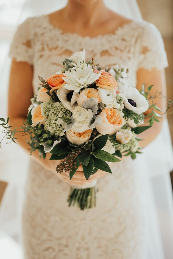 Spring time inspired bridal bouquet with Juliet Garden Roses, Anenome, Hydrangea, Hypericum, Ranunculus. Photography by Justin Andrew Photography.