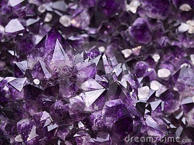 Minerale Foto Stock – 171,917 Minerale Immagini Stock E Fotografie Stock - Dreamstime   geode AMETISTA