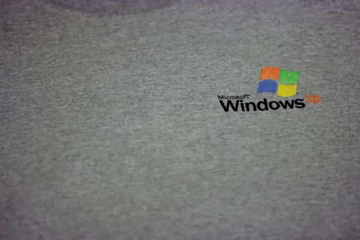 Microsoft Windows XP T Shirt Large Grey Cotton Graphic Genuine Software Dot Com #PortandCompany #GraphicTee