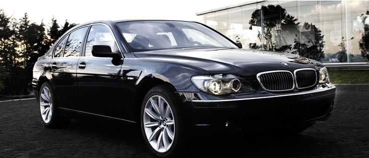 the BMW 750i Top vip limo car