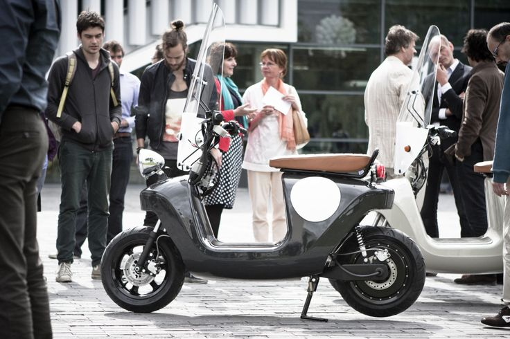 We designed the greenest scooter ever; this e-scooter is made from plants, seriously. The Be.e is a frameless bio-composite electric scooter, with a monocoque body made from flax and bio-resin.