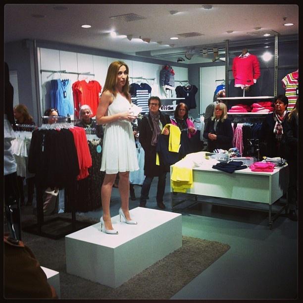 Martina Bonnier pratar om vårens fest trender #mq #shopping #dv #fredsgatan
