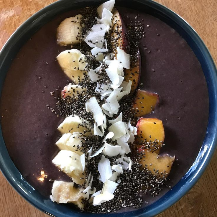 Breakfast this morning I used up all my fruit servings I made a Shakeology acai bowl with bananas and peaches. Topped with shredded coconut and flax seed. I am starting week 2 of shift shop and the carbs drop and the fruits lower but the veggies and proteins go up. I find eating my carbs and fruits in the morning on low days to be more effective in my energy