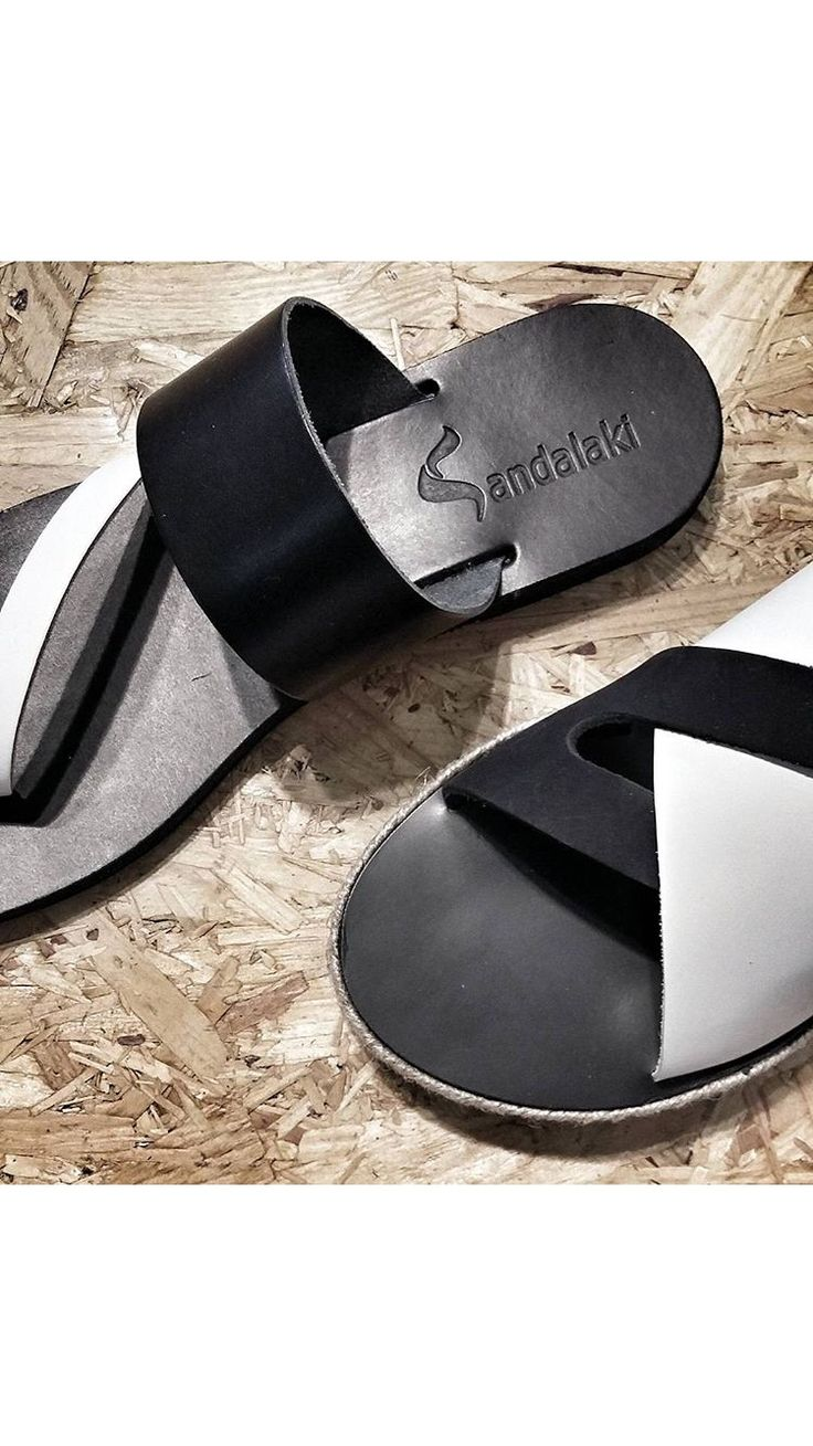 Black n' white #sandalaki #ss17# leathersandals #madeingreece #handcrafted