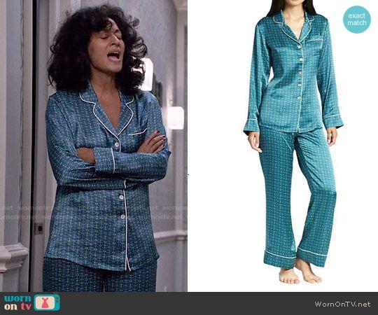 504ed66833dc Rainbow s blue printed pajamas on Black-ish