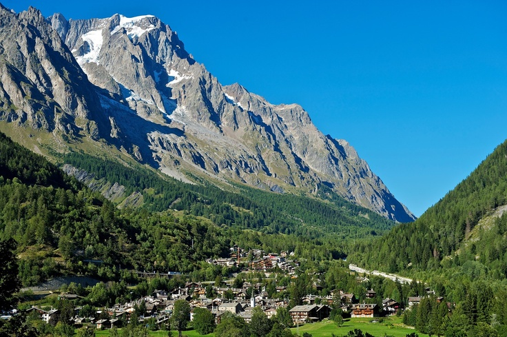 Aosta Valley on Fotopedia italian alps   #montebianco #aostavalley #alps #travel #holidays