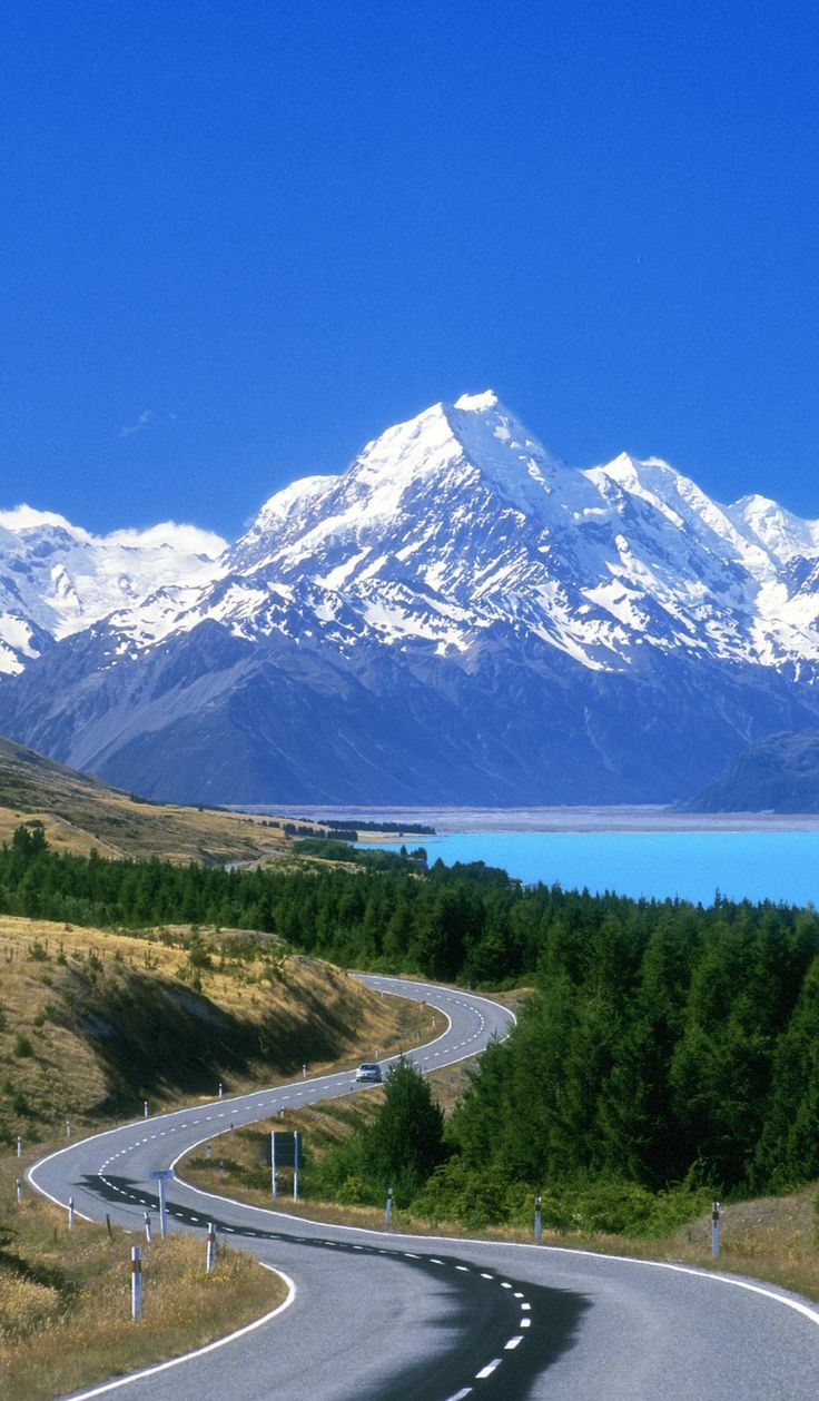 New Zealand - Mount Cook - Scenic Road