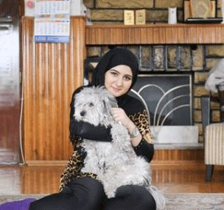 Gist At Your Doorstep: Friends of Aya want to help Iraqi refugee live the...