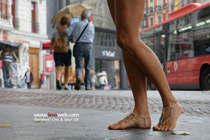 #Barefoot, chic and sexy even under the rain! http://www.lexoweb.com/picx.htm